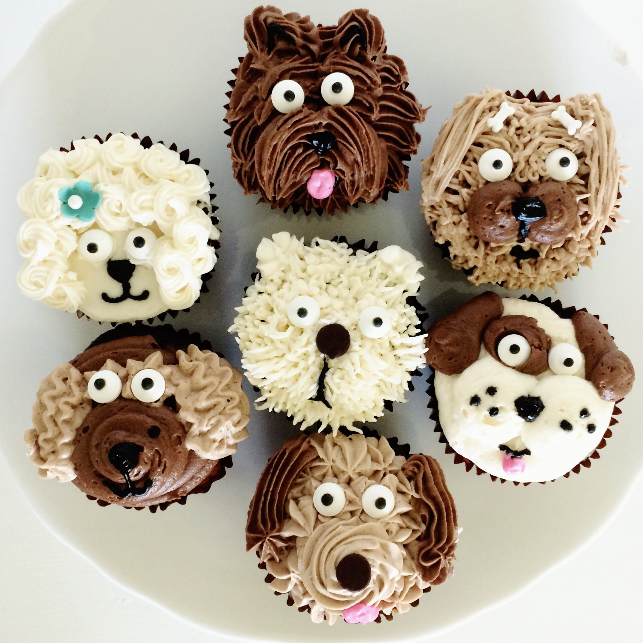Easy Dog Cup Cake Decorations